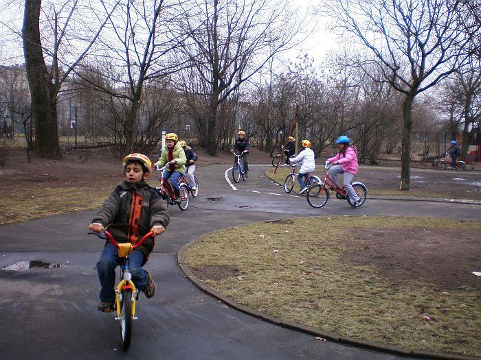 Radfahren2040037
